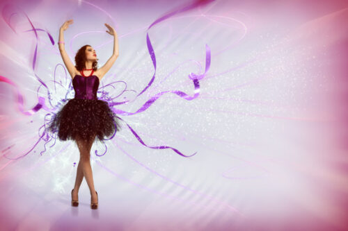 Female dancer with a mauve background